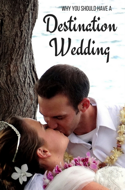 After marrying in a destination wedding ourselves (Hawaii) we have put together a shortlist of advantages and unexpected perks which make a destination wedding a dream event.