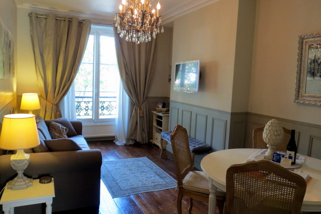 Elegant and classic, we walked into a 50 sq. meter one bedroom apartment, which instantly fulfilled my Paris fantasy.