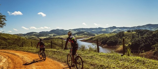 Five Reasons Cycling Is the Best Way to Tour