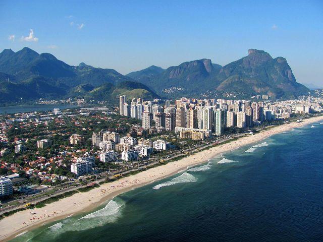 Barra da Tijuca is Rio's longest beach