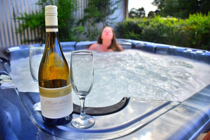Hot tub wine accommodation hotel