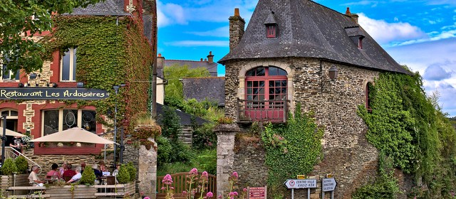 10 Picturesque Towns In North Western France to Explore
