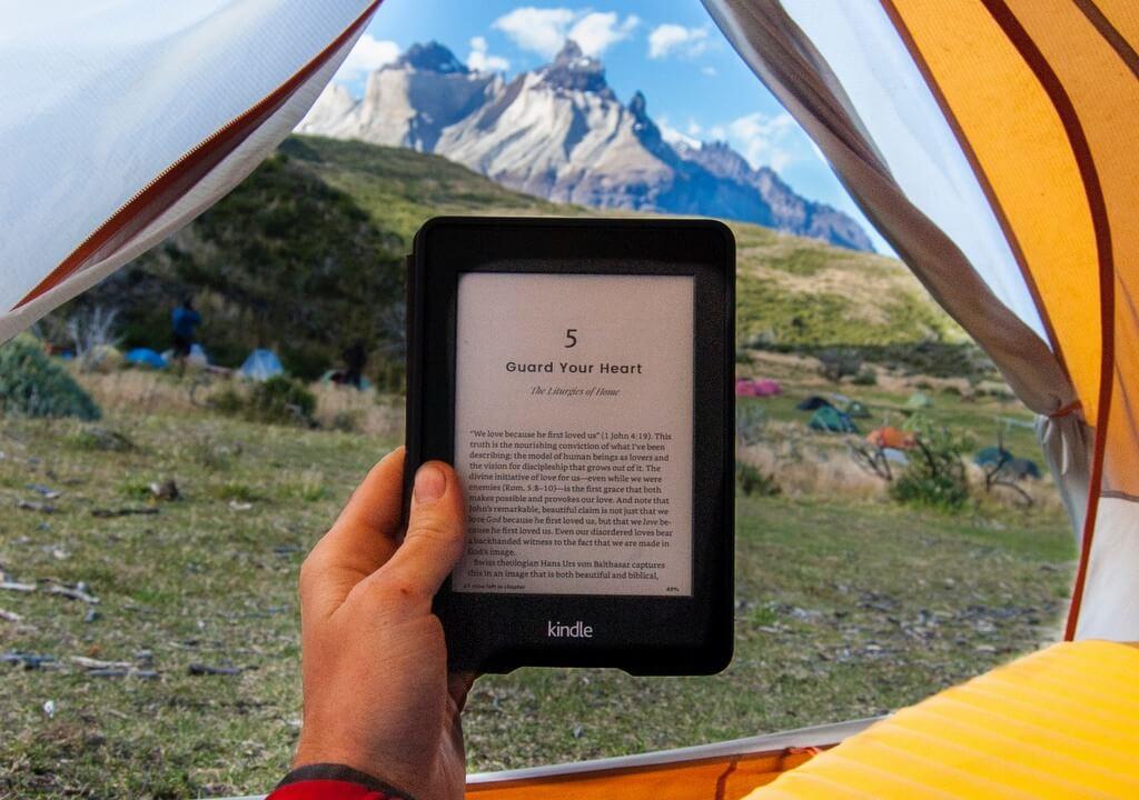 ereader kindle camping tent RF