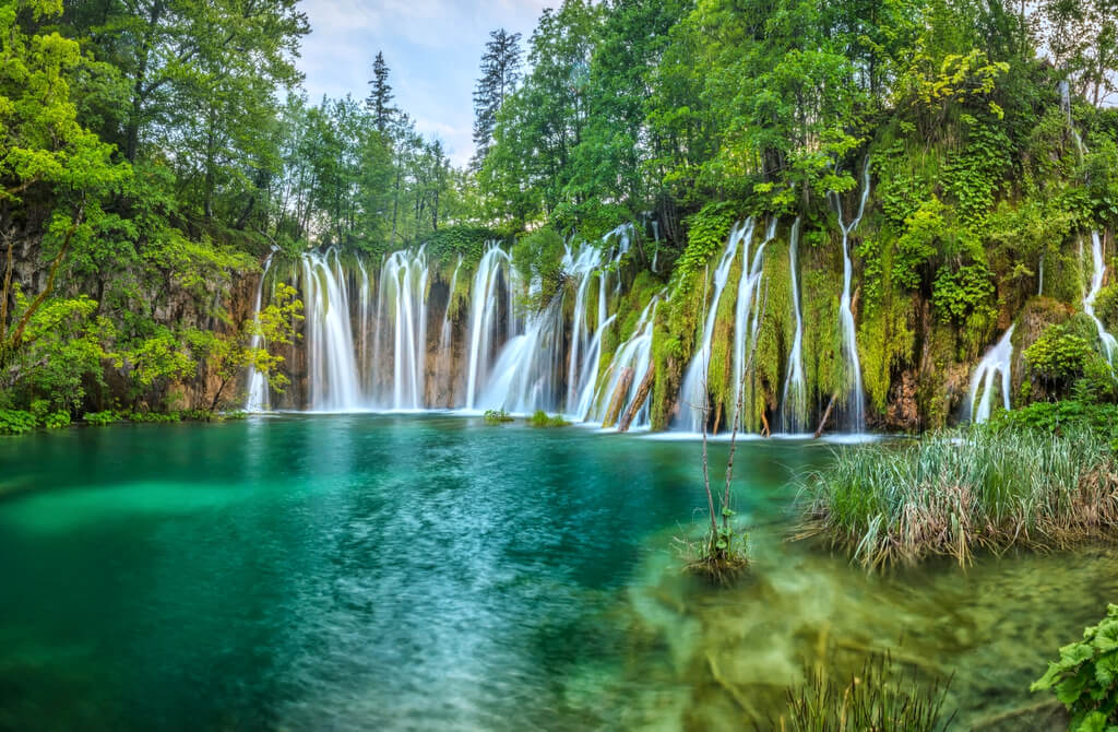 Plitvice National Park Waterfalls Croatia RF