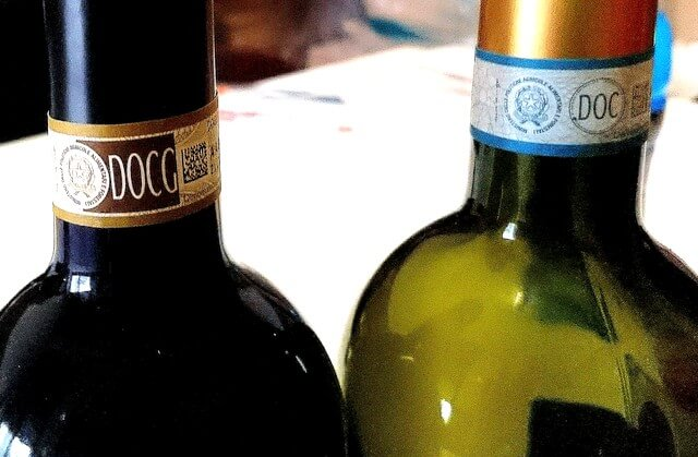 DOCG_and_DOC_wine_mark Italy Tuscan wines