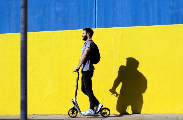 Electric Scooter Pros and Cons for City Travel RF