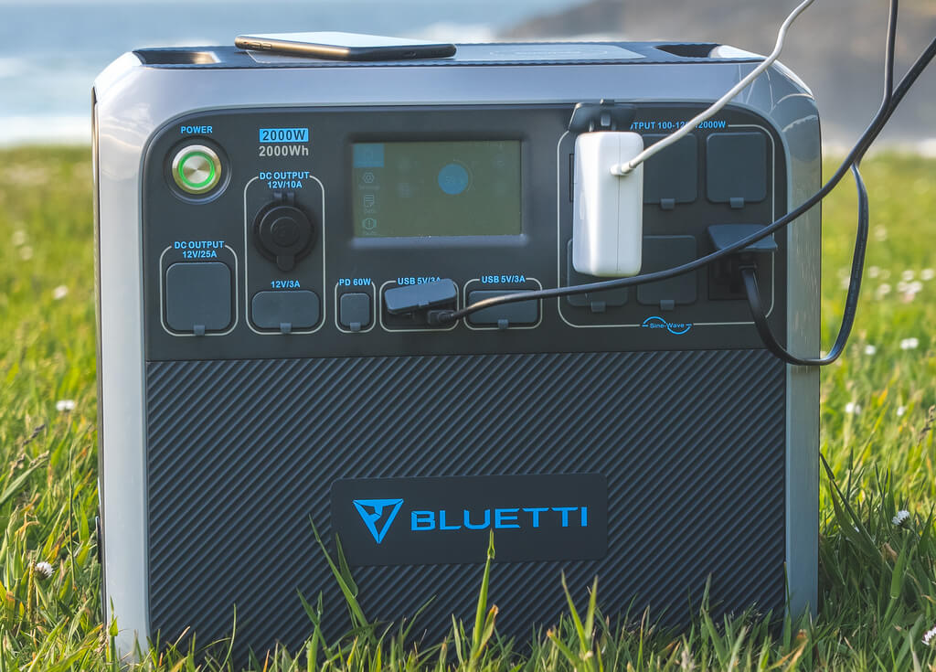 Charging connections Bluetti AC200P Portable Power Station Review