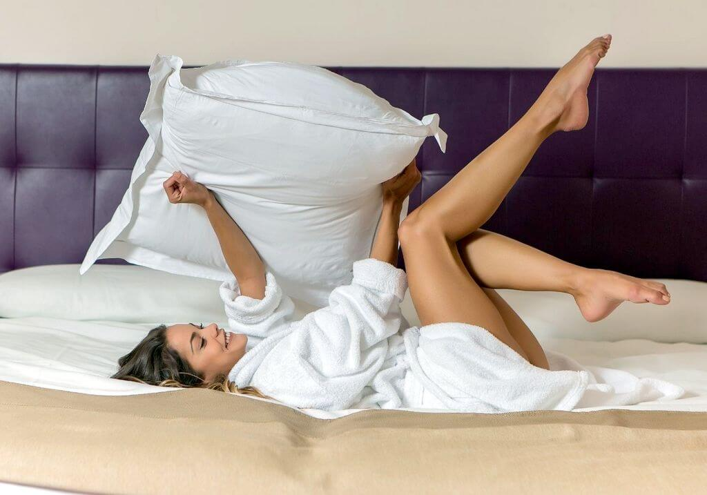 Pillow woman in bed RF
