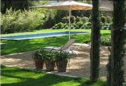 La Bastide de Boulbon pool