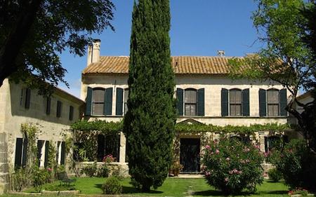 Hotel mas de peint traditional elegance and modern - Hotel porte de camargue arles provence ...