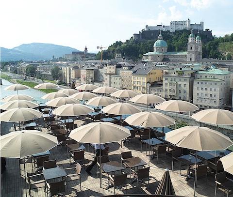 Hotel stein striking design hotel in salzburg austria for Designhotel salzburg