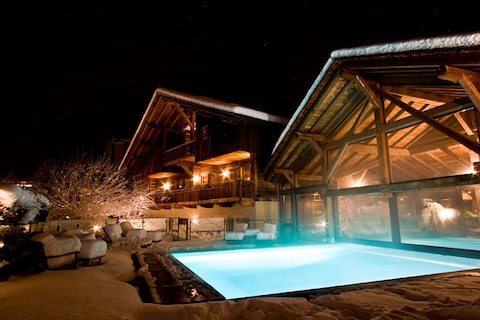 luxury hotel hameau albert pool