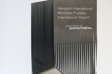 Maquette prototype du signal routier de l'Aéroport International de Montréal - Vue d'ensemble