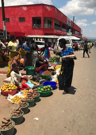 how is Mzuzu: fruit and vegetable stands