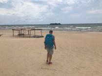 Mauro arriving at Kande beach