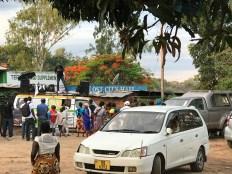 Cars selling paracetamol in Nkhatabay