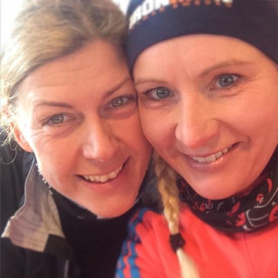Jag och Katrin på Max efter ca 30 km. Foto: Katrin Andreasson