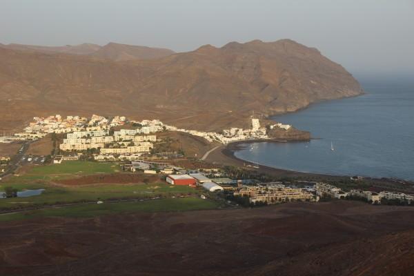Resorten uppe från ett av de närbelägna bergen. Foto: privat