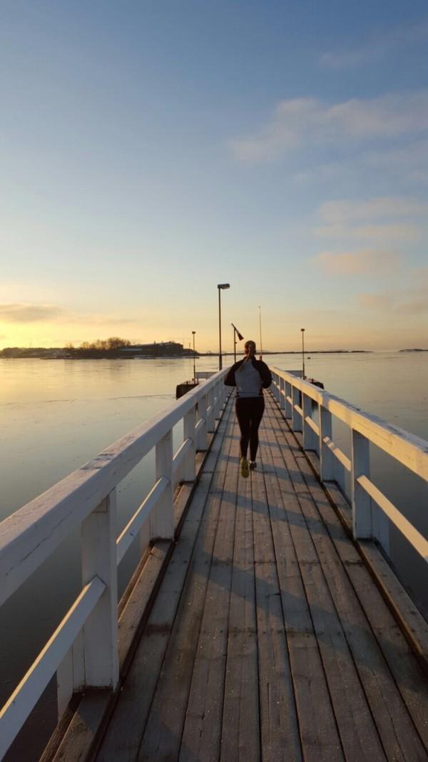 Måndag morgon och soluppgång i Helsingfors. Foto: Anna Markelin