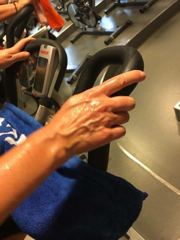 Svettig ovanpå händerna. Det har ingenting med nervositet att göra... Foto: Susann Wilson Andersson