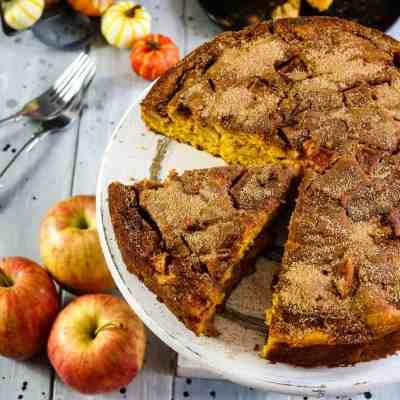 Cinnamon Apple Pumpkin Cake