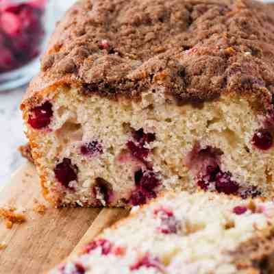 Easy Cranberry Coffee Cake