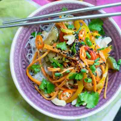 Easy to Make Thai Peanut Salad