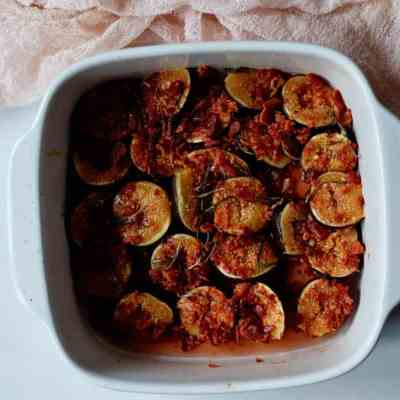 Roasted Figs With Bacon