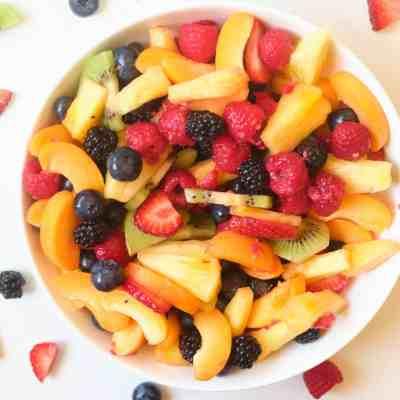 Fruit Salad with Raspberry Sauce