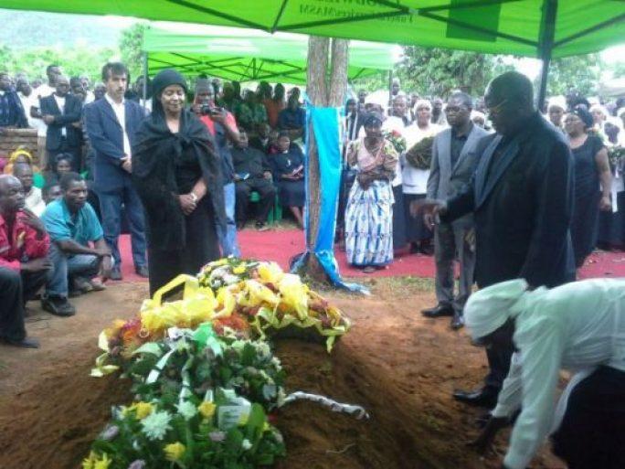 Esmie Muluzi Burial
