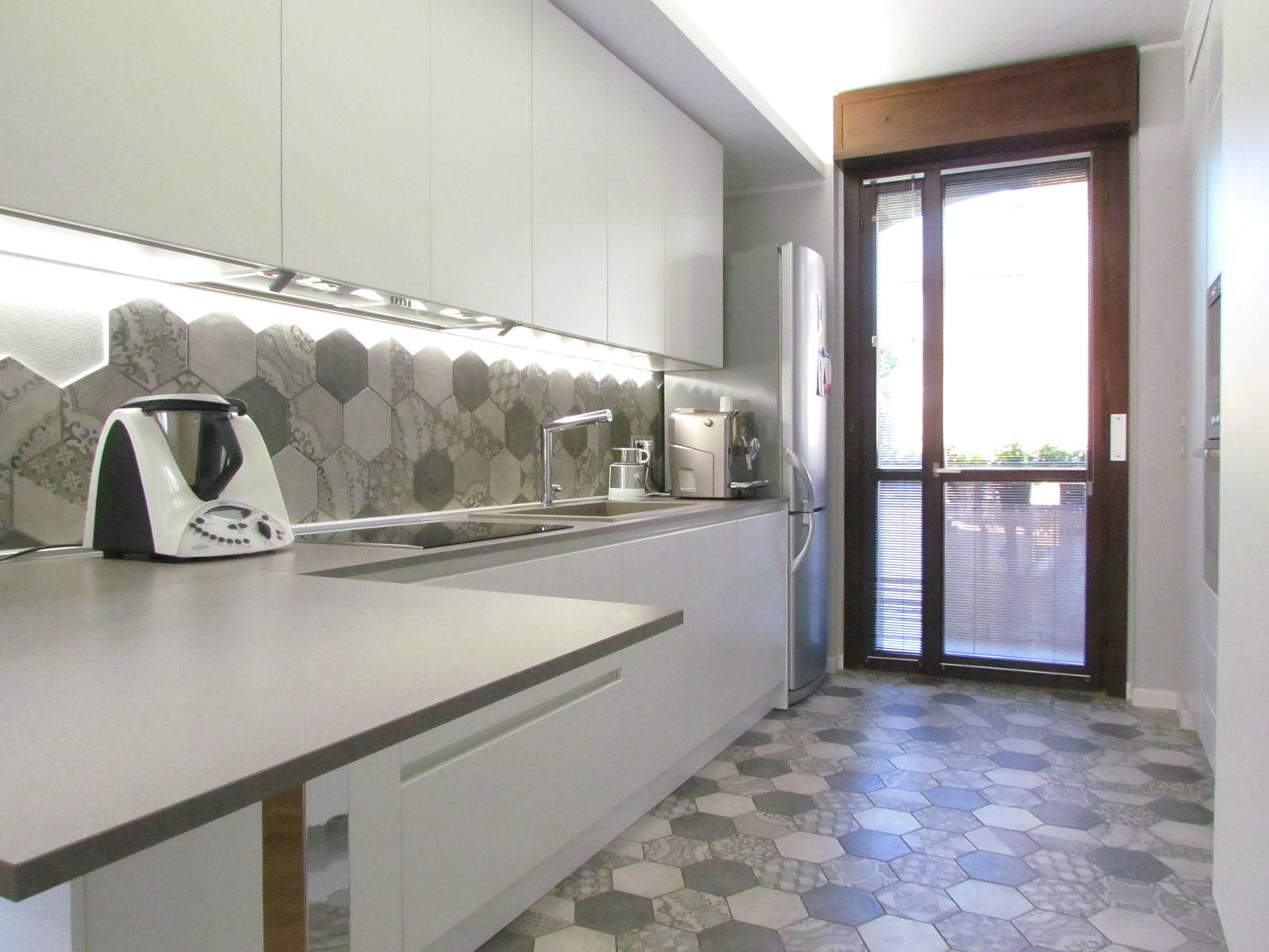 La cucina si veste di cementine  Marazzi