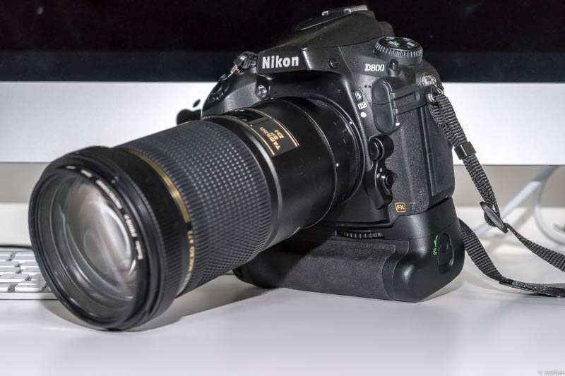 Nikon D800 + TAMRON SP AF180 F3.5 B01