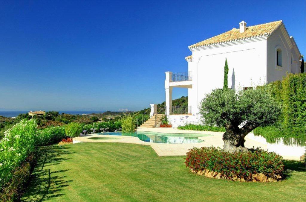 Bright Modern Villa for Sale – 3,200,000 euros