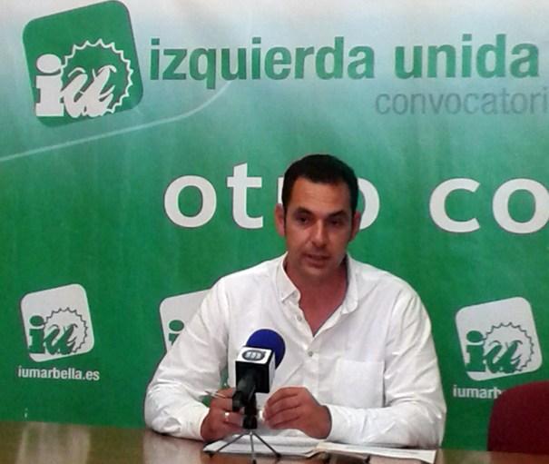 El candidato a la Alcaldía por IU, Miguel Díaz, en una reciente rueda de prensa