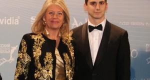 El empresario y productor de cortometrajes Habacuc Rodríguez, junto a la alcaldesa de Marbella, Ángeles Muñoz, en 2013 durante el Festival de Cine Ruso