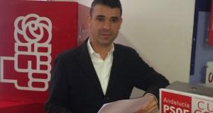 El candidato del PSOE a la Alcaldía, José Bernal, este martes en rueda de prensa