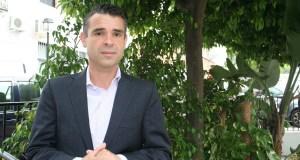 El candidato del PSOE a la Alcaldía de Marbella, José Bernal, durante la entrevista con este medio digital. Foto/marbellaconfidencial.es