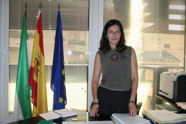 La exconcejal delegada de Urbanismo, Isabel Pérez (PSOE), en imagen de archivo durante una entrevista con Marbella Confidencial en su despacho. FOTO/ CABANILLAS
