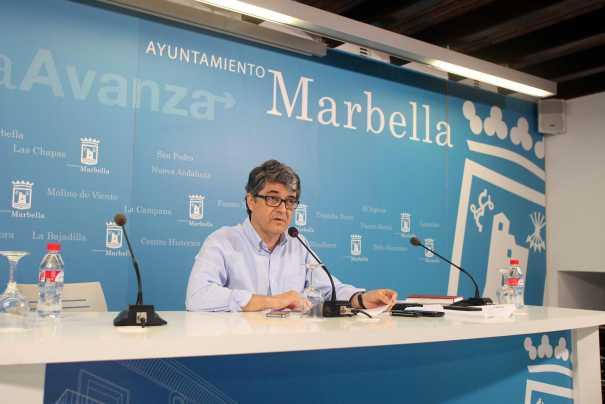 El portavoz municipal Javier Porcuna este martes, en rueda de prensa