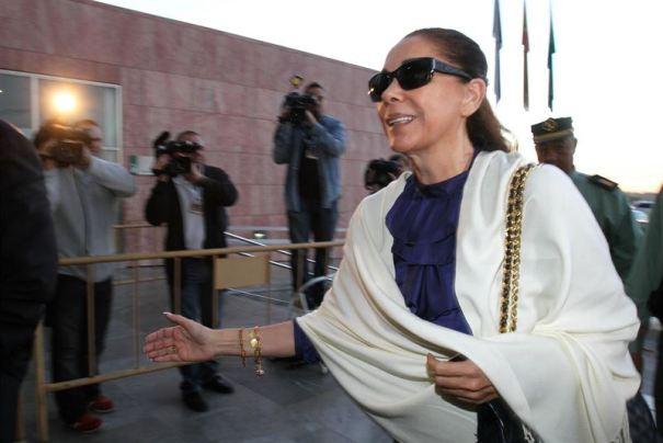 La cantante Isabel Pantoja en una imagen de archivo durante el juicio oral por el 'caso blanqueo', celebrado en la Audiencia de Málaga. foto/ Europa Press