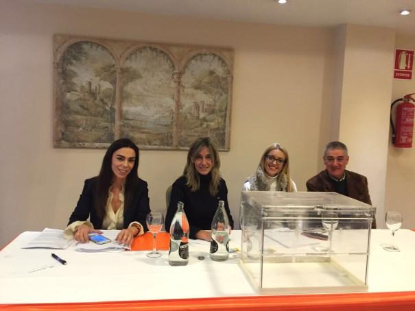 Mesa de votación de la asamblea de C's Marbella que eligió a la nueva Junta Directiva el pasado 18 de febrero. FOTO/ marbellaconfidencial.es