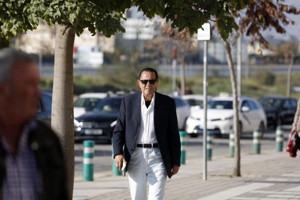 El exalcalde de Marbella Julián Muñoz, este martes, a su llegada al juicio oral que se celebra en Málaga. FOTO/ Europa Press.
