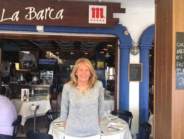 La candidata del PP a la Alcaldía de Marbella, Ángeles Muñoz, a su vez la alcaldesa, durante la entrevista mantenida con Marbella Confidencial en el restaurante La Barca. FOTO/ CABANILLAS