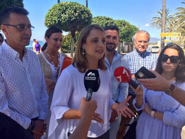 La candidata de Ciudadanos a la Alcaldía de Marbella, María García, este lunes tras reaparecer en convocatorias de prensa. FOTO/ CABANILLAS