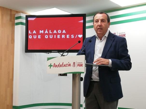 El secretario general del PSOE de Málaga, José Luis Ruiz Espejo, en rueda de prensa reciente. FOTO/ PSOE