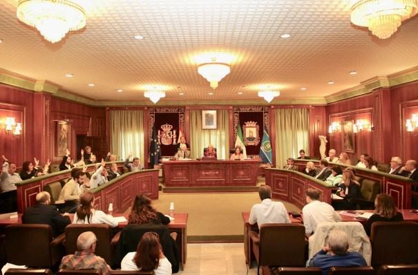 Imagen del Pleno de Marbella, celebrado este viernes, distribuida por el Ayuntamiento de Marbella
