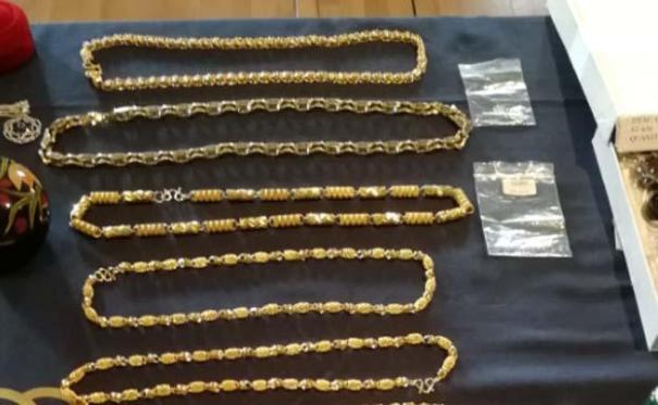 Imagen de parte de las joyas robadas que han sido recuperadas. FOTO/ CNP
