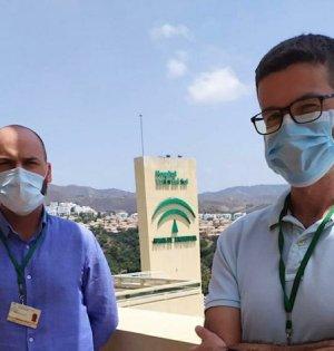 Miguel Guerrero y Francisco Rivas, investigadores del Hospital Costa del Sol premiados. FOTO/ Junta de Andalucía