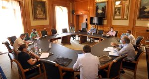 Reunión mantenida este jueves en el Ayuntamiento por representantes municipales y provinciales. FOTO/ Ayto de Marbella