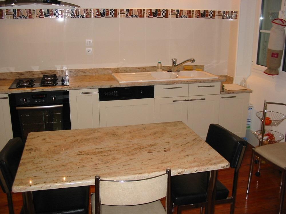 table cuisine granit
